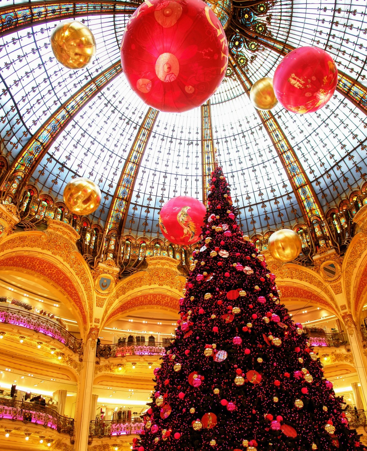 Noel Paris Grands Magasins